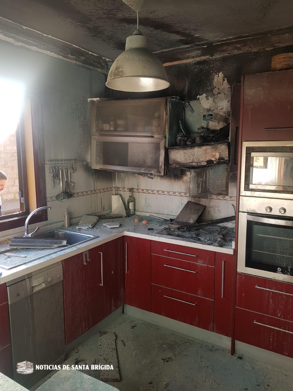 Incendio en una vivienda en Santa Brígida