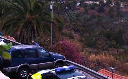Un aparatoso accidente ocasiona retenciones en la Carretera del Centro