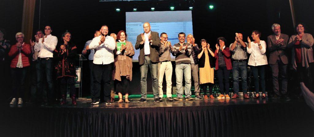 Ando Sataute presentó su candidatura en el Centro Cultural